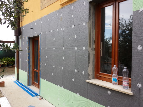 Cappotto termico per isolamento termico edificio impresa edile s d manc - Cappotto esterno casa ...